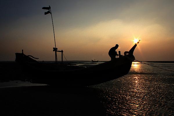 Preaparing To Sail Photograph by © Md Minhaz Ul Islam Nizami