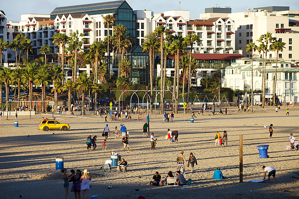 Santa Monica State Beach In Late Afternoon Sunshine Photograph by Mark Meredith