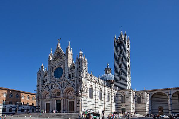 Siena Cathedral Photograph by Tu xa Ha Noi