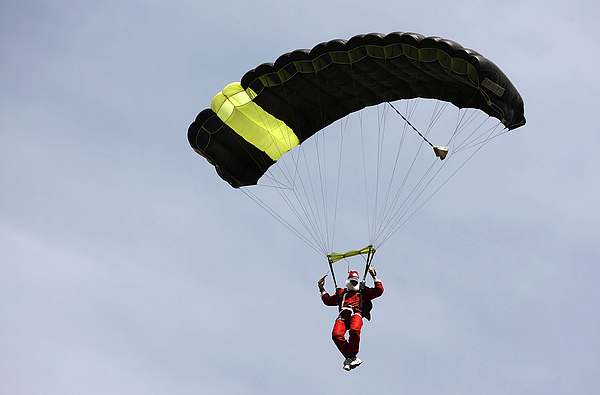 Skydiving Santas Launch New Experiences Website Photograph by Brendon Thorne