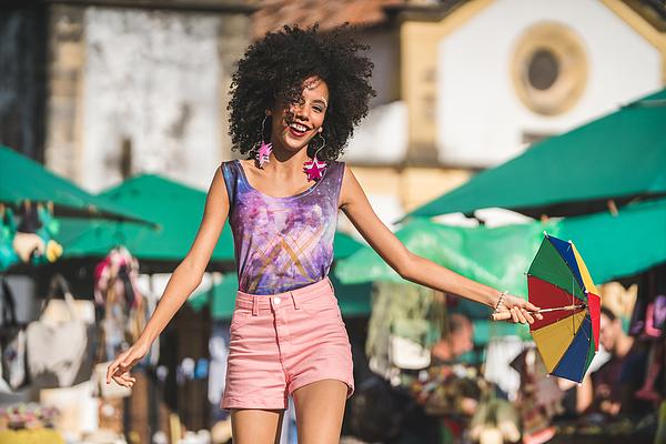 Street dance Photograph by Pollyana Ventura