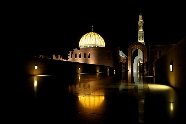 Sultan Qaboos Grand Mosque, Masqat Photograph by Frans Sellies