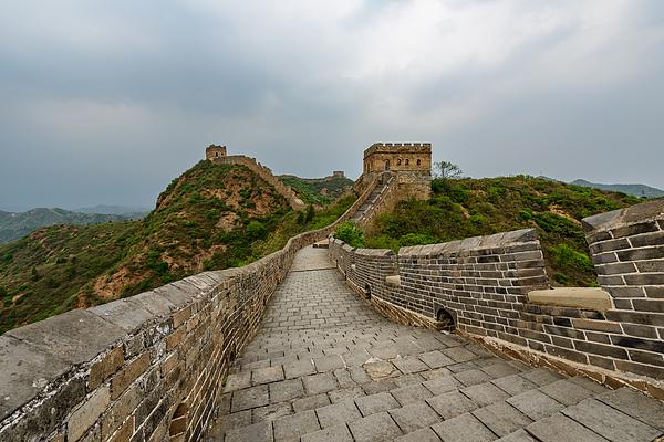 The Great Wall, Jinshanling, China Photograph by Dong Wenjie