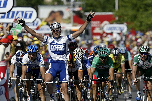 Tour de France, stage 5 - Troyes - Nevers Photograph by Lars Ronbog