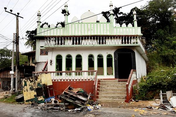 Unrest in Sri Lanka Photograph by Anadolu Agency