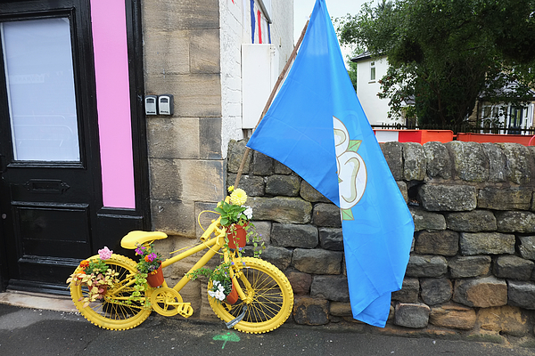 Yorkshire Welcomes The First Stage Of The Tour De France Photograph by Ian Forsyth
