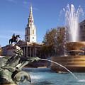 London - Trafalgar Square  by Munir Alawi
