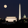 Moon Rising In Washington Dc by Steven Heap