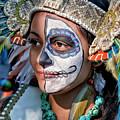 Dia De Los Muertos - Day Of The Dead 10 15 11 Procession by Robert Ullmann