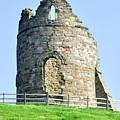 Tutbury Castle Ruins by Rod Johnson