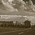 Aladaglar Mountains by Gabriela Insuratelu