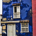 Colonial Buildings In Old Cartagena Colombia by David Smith