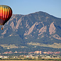 Balloon Over Flatirons And Cu by Scott Mahon