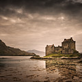 Eilean Donan Castle by Dorit Fuhg