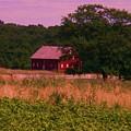 Gettysburg Barn by Eric  Schiabor