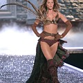 Gisele Bundchen At Fashion Show For The by Everett