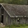 Glen Park Barn by Steven Natanson