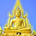 Gold Buddha Statue by Somchai Suppalertporn