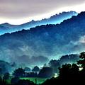 Great Smokey Mountains by Susanne Van Hulst