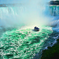 Horseshoe Falls Niagara by Lawrence Christopher