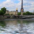 Paris by Louise Heusinkveld