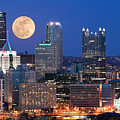 Pittsburgh 6 by Emmanuel Panagiotakis