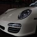 Porsche On Canyon Road by Dale Davis