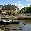 Port De St Goustan by Mark Hendrickson