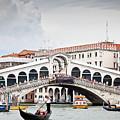 Rialto Bridge by Nelson Mineiro