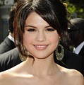 Selena Gomez At Arrivals For 2009 by Everett