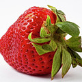 Strawberry Macro by Robert Ullmann