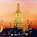 Wat  Aroon by Chonkhet Phanwichien