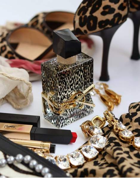 Glitz and Glam - Gifts of a Glamorous Nature - Any Style or Medium