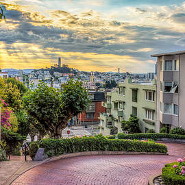 Lombard Street in San Francisco - James Udall