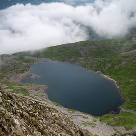 Matthew Gibson - Looking from top of Cadair Idris mountain in Snowdonia National
