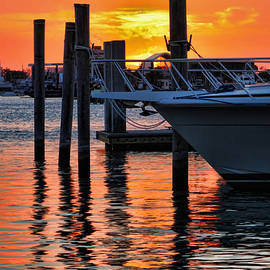 Jeff Breiman - Sunset at Sailboat Marina