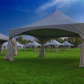 Larry Simanzik - Tent City