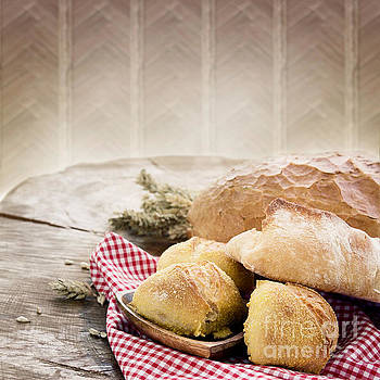 Mythja  Photography - Fresh bread