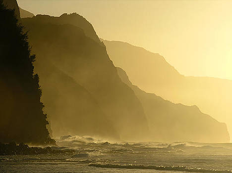 Robert Lozen - NAPALI COAST WINTER SUNSET