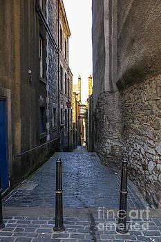 Patricia Hofmeester - Alley in Edinburgh