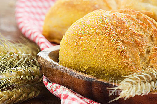Mythja  Photography - bread