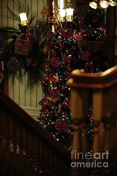 Linda Knorr Shafer - Christmas Banister 2