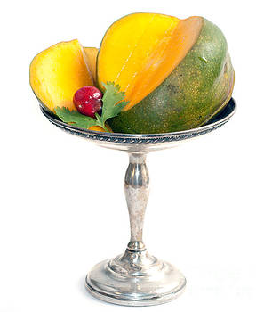 Gunter Nezhoda - cut mango on sterling silver dish