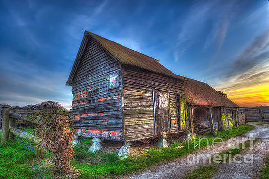 English Landscapes - Kite Hill Barn