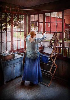 Mike Savad - Laundry - Miss Lady Blue