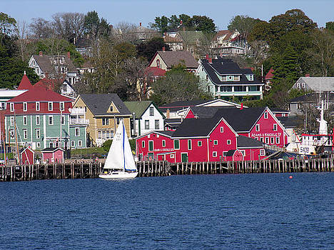 Robert Lozen - LUNENBURG HARBOR
