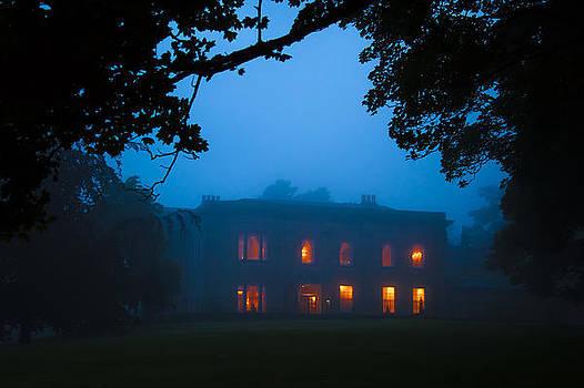 Svetlana Sewell - Mystery Night