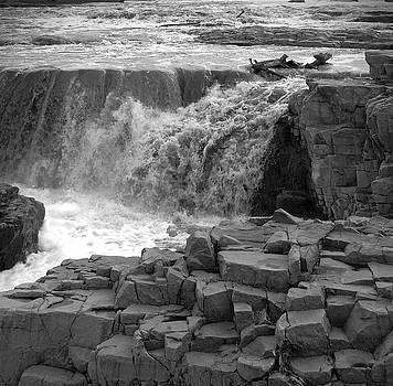 Judy Hall-Folde - Rushing Water