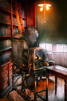 Mike Savad - Steampunk - The Golden age of Cinema