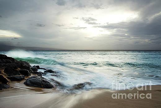 Charmian Vistaunet - Wave of Serenity